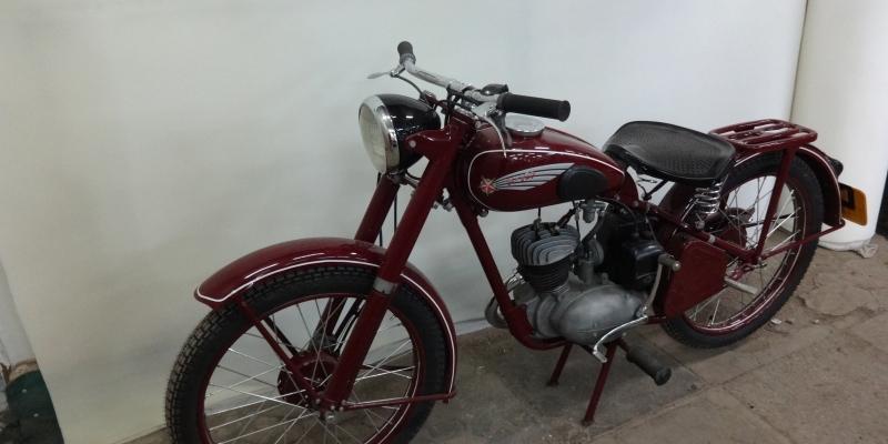 Мотоцикл K-125