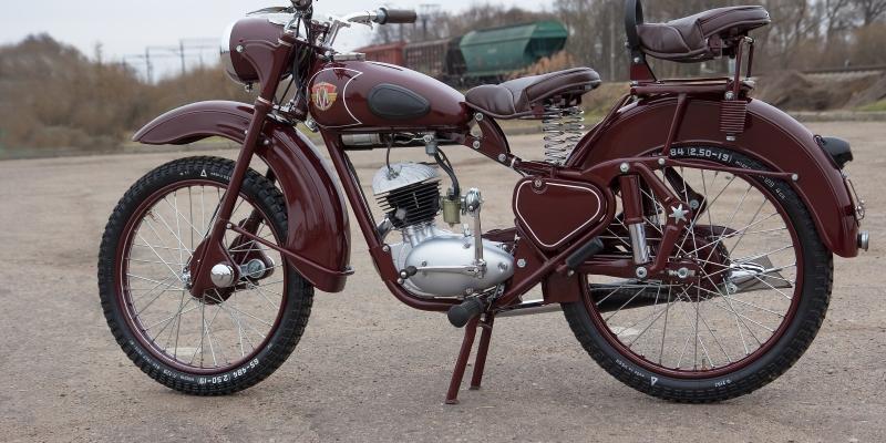 Мотоцикл M1-M